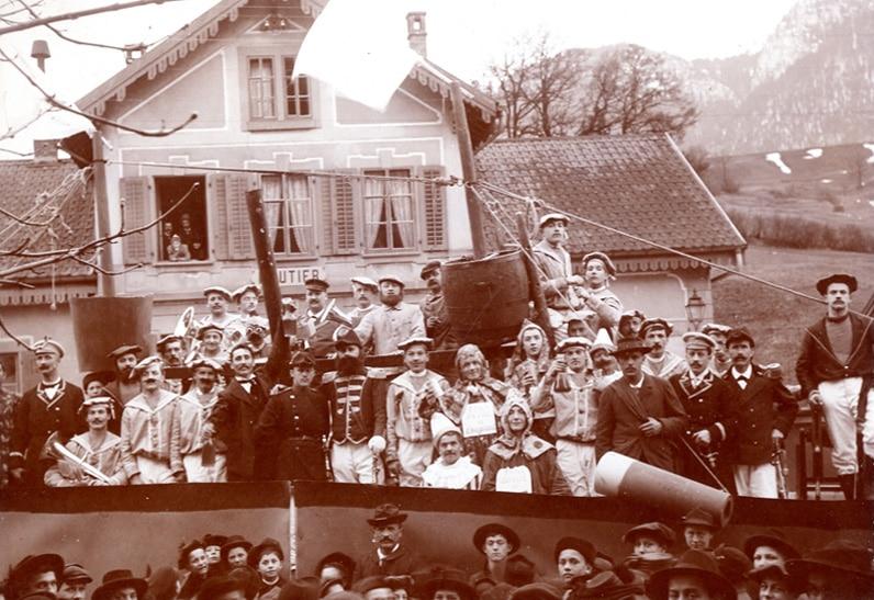 Troupe de théâtre (20e s.)