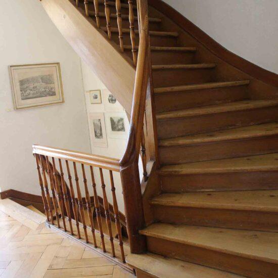 escalier dans le musee